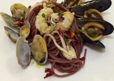 spaghettone-al-montepulciano-alla-marinara